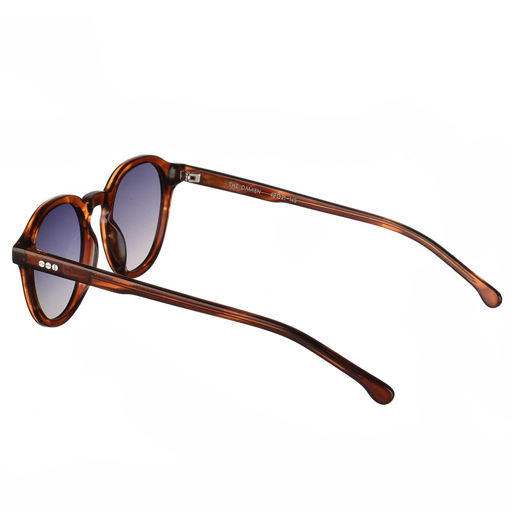 Κοκάλινα ανδρικά και γυναικεία γυαλιά ηλίου Komono Damien Bourbon σε καφέ ταρταρούγα και γκρι ντεγκραντέ polarized φακούςγια όλα τα πρόσωπα.