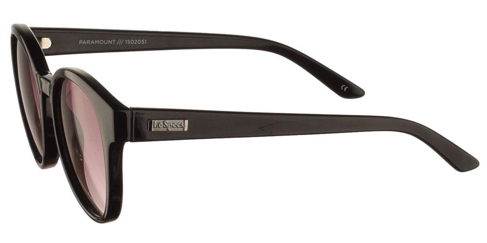 Στρογγυλά κοκάλινα γυναικεία γυαλιά ηλίου Le Specs Paramount Blackσε μαύρο χρώμα και γκρι ντεγκραντέ φακούς για μεσαία και μεγάλα πρόσωπα.