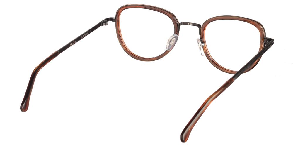 Γυναικεία γυαλιά οράσεως Komono Frankie Bourbon σε σχήμα πεταλούδας σε σκουρόχρωμο καφέ σκελετόγια μικρά και μεσαία πρόσωπα.