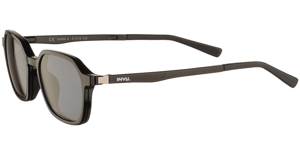 Πολυγωνικά κοκάλινα ανδρικά και γυναικεία γυαλιά οράσεως Invu G4004 A Clip On σε μαύρο σκελετό με αποσπώμενο clip on με φακό γκρι polarized για όλα τα πρόσωπα.