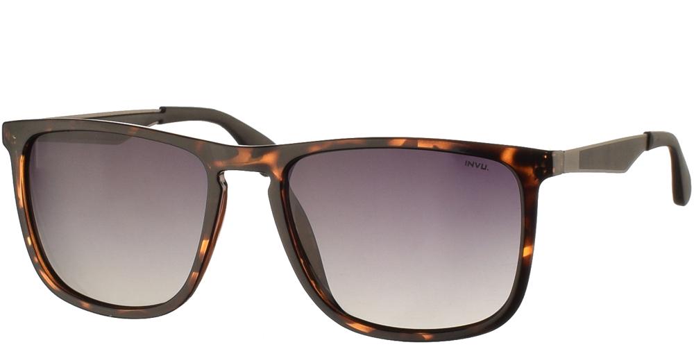 Διαχρονικά κοκάλινα ανδρικά γυαλιά ηλίου B2001 Bσε καφέ ταρταρούγα με γκρι ντεγκραντέ polarized φακούς της εταιρίας Invuγια μεσαία και μεγάλα πρόσωπα.