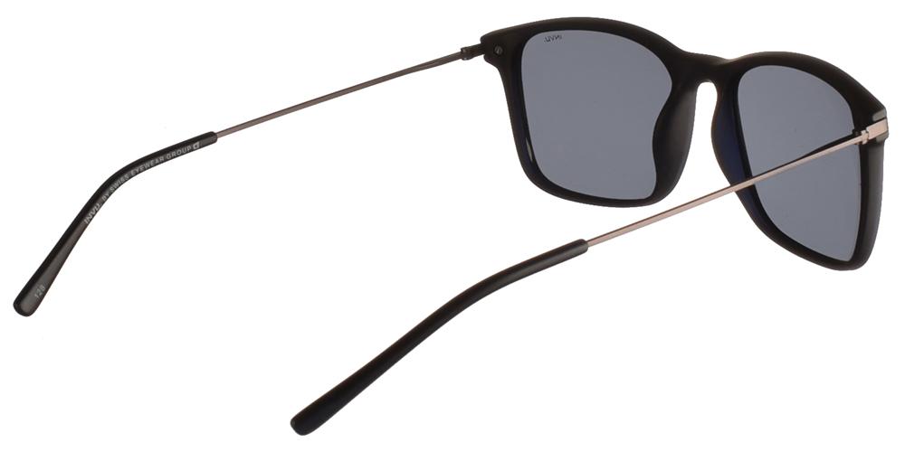 Διαχρονικά κοκάλινα ανδρικά γυαλιά ηλίου B2911 C σε μαύρο ματ σκελετό με γκρι polarized φακούς της εταιρίας Invuγια μεσαία και μεγάλα πρόσωπα.