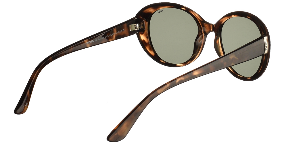 Διαχρονικά κοκάλινα γυναικεία γυαλιά ηλίου B2022 C σε καφέ ταρταρούγα με πράσινους polarized φακούς της εταιρίας Invu για μικρά και μεσαία πρόσωπα.