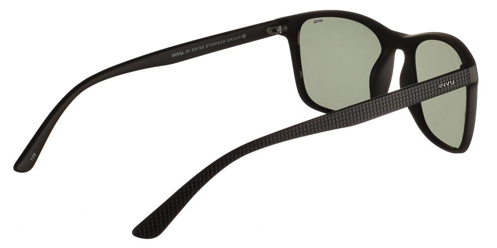Διαχρονικά κοκάλινα ανδρικά γυαλιά ηλίου B2914 A σε μαύρο ματ σκελετό με πράσινους polarized φακούς της εταιρίας Invuγια μεσαία και μεγάλα πρόσωπα.
