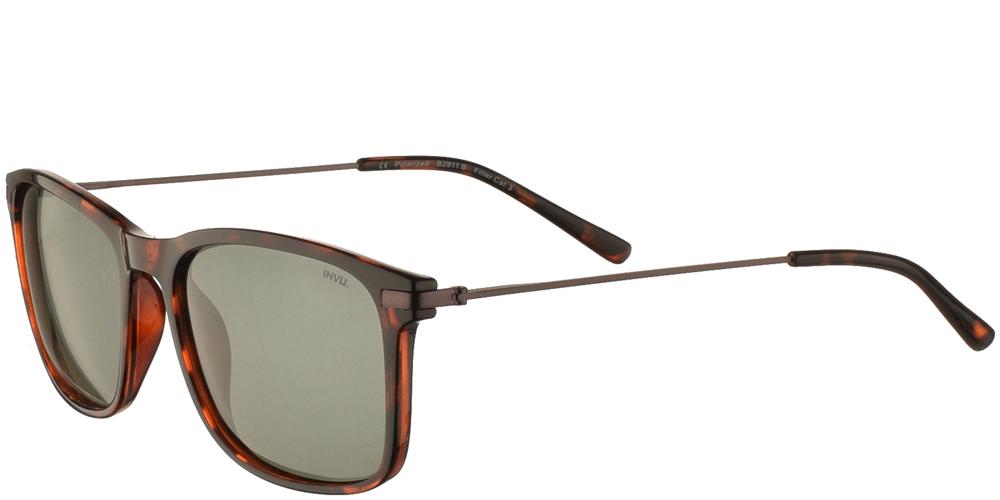 Διαχρονικά κοκάλινα ανδρικά γυαλιά ηλίου B2911 B σε καφέ ταρταρούγα με πράσινους polarized φακούς της εταιρίας Invu για μεσαία και μεγάλα πρόσωπα.