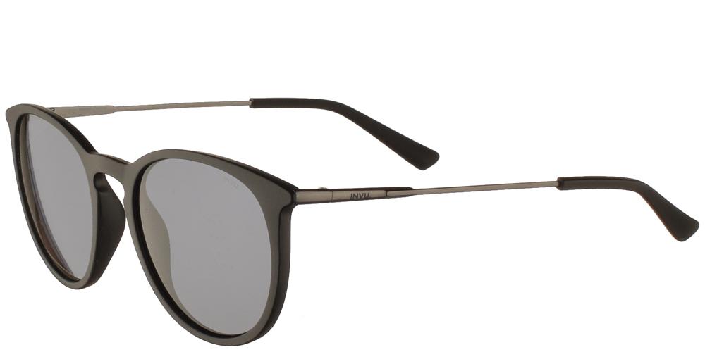 Διαχρονικά κοκάλινα ανδρικά γυαλιά ηλίου B2019 A σε μαύρο ματ σκελετό με γκρι polarized φακούς της εταιρίας Invu για όλα τα πρόσωπα.