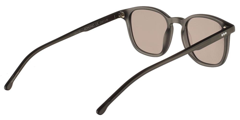 Ανδρικά τετράγωνα κοκάλινα γυαλιά ηλίου Komono Maurice Grint σε σκουρόχρωμο γκρι ματ σκελετό και γκρι-καφέ polarized φακούςγια όλα τα πρόσωπα.