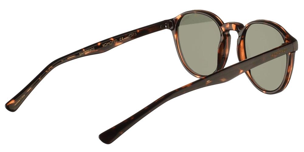 Κοκάλινα ανδρικά και γυναικεία γυαλιά ηλίου Komono Liam Tortoise σε καφέ ταρταρούγα και επίπεδους πράσινους φακούςγια όλα τα πρόσωπα.