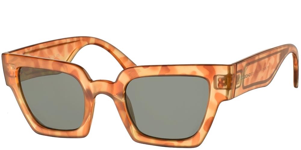 Τετράγωνα κοκάλινα ανδρικά και γυναικεία γυαλιά ηλίου Mr Boho Frelard ZT18-11 σε ανοιχτόχρωμη καφέ ταρταρούγα και σκούρους πράσινους φακούςγια όλα τα πρόσωπα.